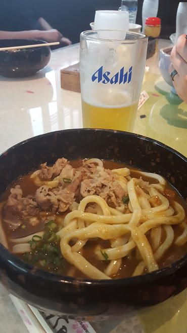 Curry Udon... with beer, of course